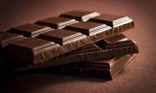 Небольшое снижение гликемического показателя устраняется употреблением глюкозы, сахара и т. д