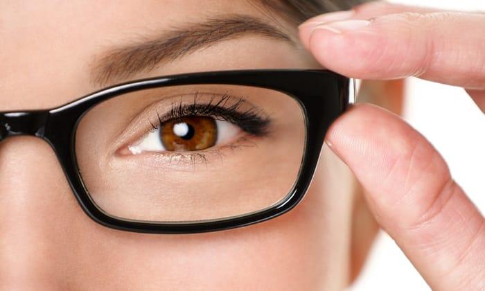 Препарат может провоцировать снижение остроты зрения