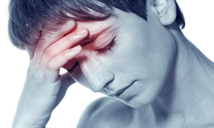 При передозировке препаратом возможно появление головной боли
