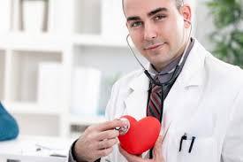 Кардиолог также лечит повышенный холестерин