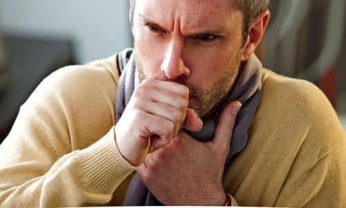 Со стороны дыхательной системы возможно появление сухого кашля