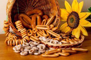 Самые диетические являются сухари и сушки