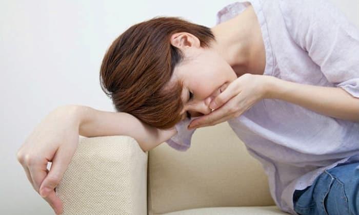 При передозировке препаратом возможно появление тошноты и рвоты