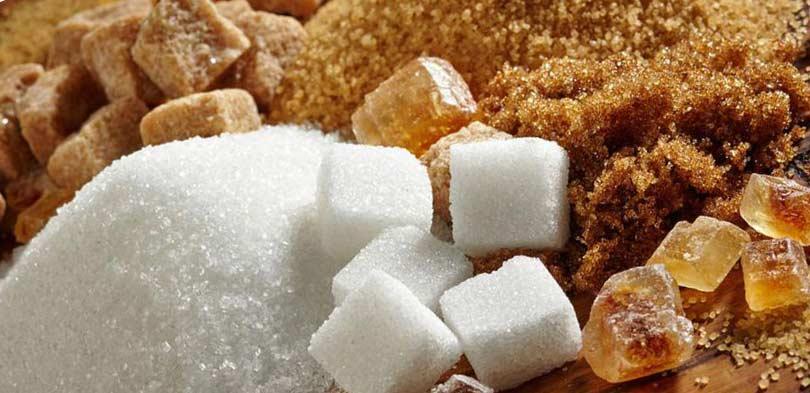 Белый и коричневый сахар