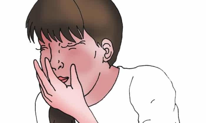 Тошнота и приступы рвоты – нежелательные реакции, которые могут быть спровоцированы приемом препарата Багомет Плюс