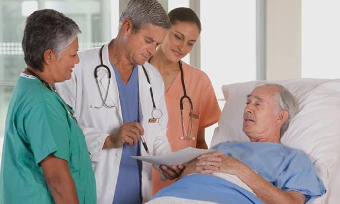 Запрещено принимать Метформин в период перед хирургическими операциями (за 2 дня), рентгеноконтрастными исследованиями