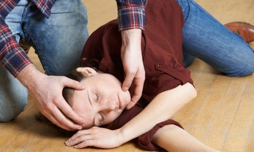 Потеря сознания - один из признаков передозировки