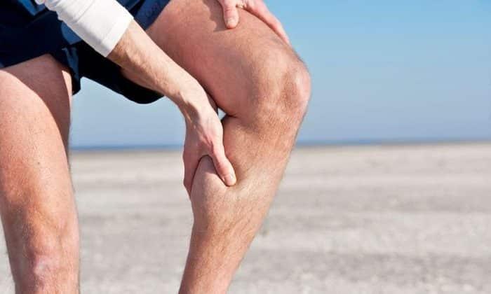 Препарат назначается при судорогах в ногах