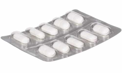 Средство выпускается в форме белых таблеток, в которых может содержаться 250 или 500 мг активного компонента (таурина)