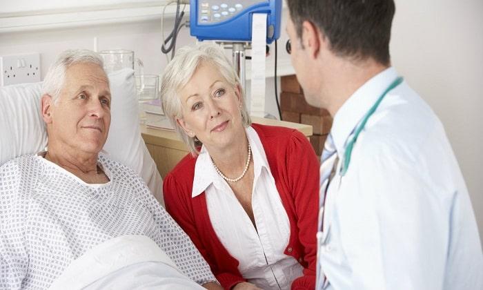 Ринсулин Р следует принимать с с осторожностью в пожилом возрасте