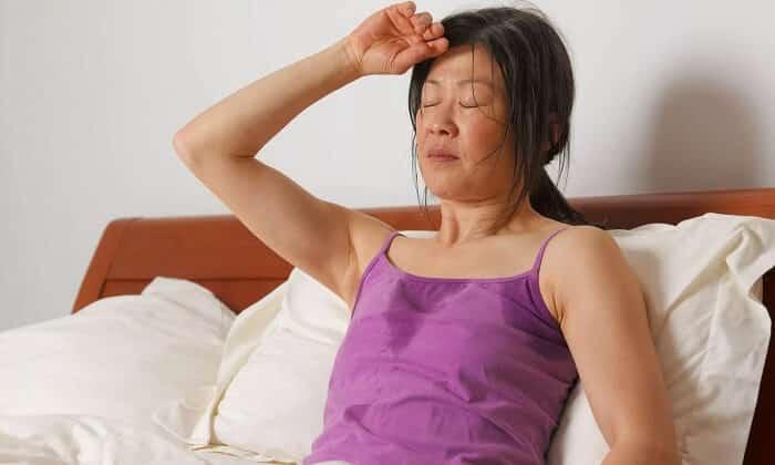 От приема Биосулина может быть повышенное выделение пота
