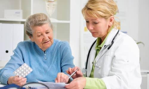 Требует коррекции дозы у людей старше 65 лет