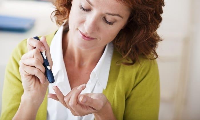В начале развития кетоацидотической комы отмечается снижение количества инсулина
