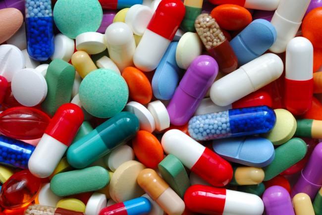 Брать с собой препараты первой помощи не только можно, но и необходимо