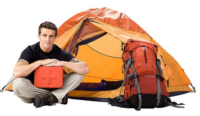 Походная аптечка также значима, как и туристическая палатка