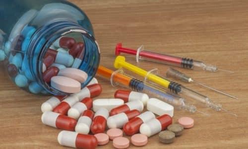 При взаимодействии с анаболиками понижается инсулиновая потребность