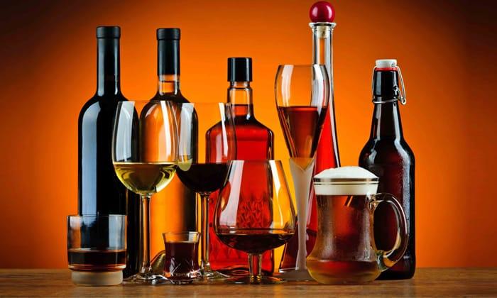 Рекомендуется отказаться от алкогольных напитков на время, пока пациент принимает витаминный комплекс