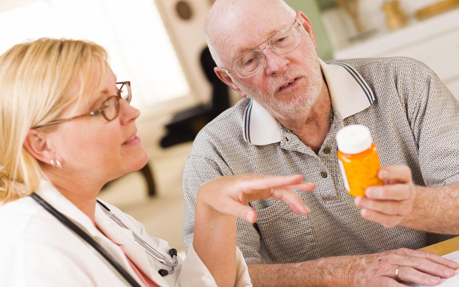 Лечение панкреатита осуществляется под контролем врача