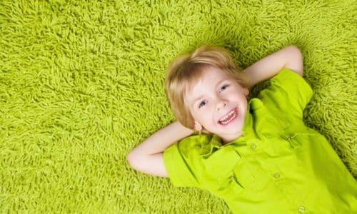 Несовершеннолетним детям прием препарата противопоказан